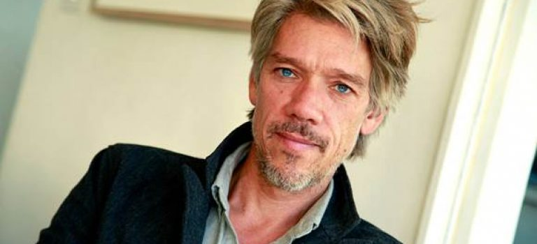 Stephen Gaghan dirigirá la adaptación cinematográfica de Tom Clancy´s The Division